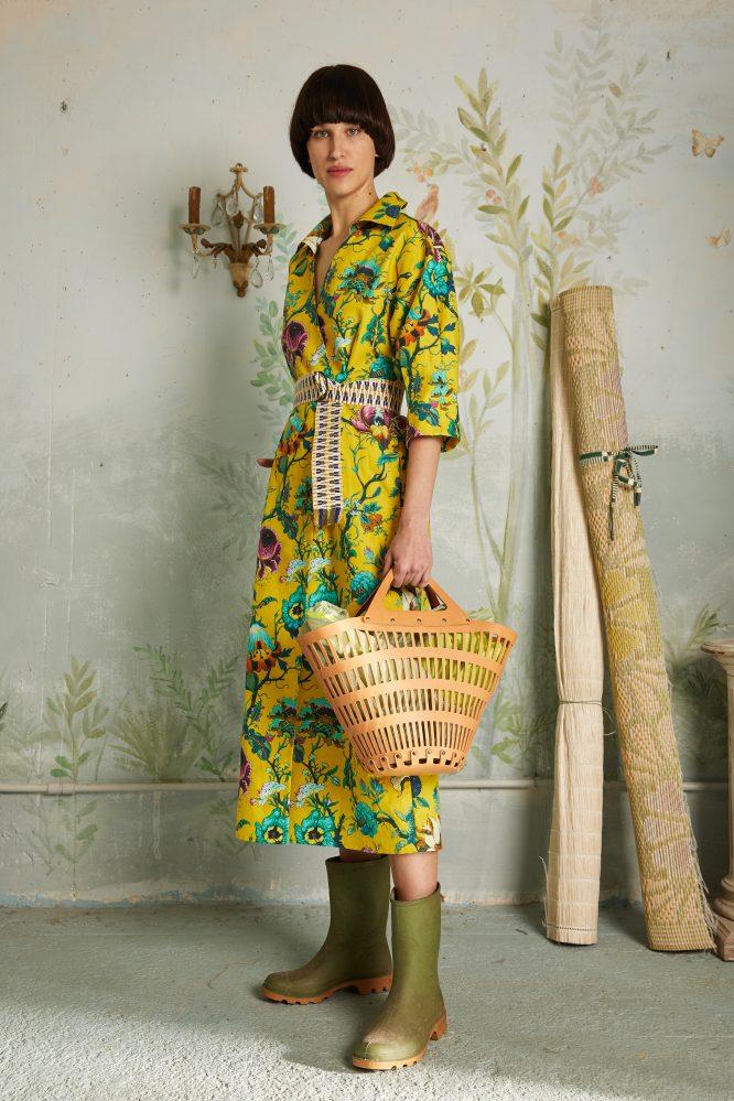 abito incrociato a fiori giallo arredamento